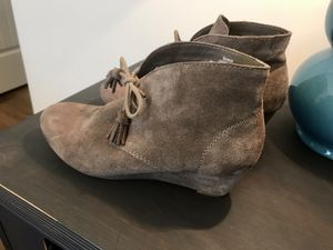 Woman's crown vintage booties sz 8 for Sale in Fuquay-Varina, NC