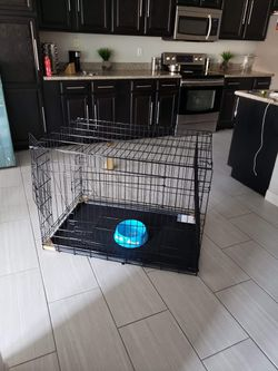 New Clean dog kennel LARGE TRAINING Crate House Cage Jaula for Sale in Phoenix,  AZ