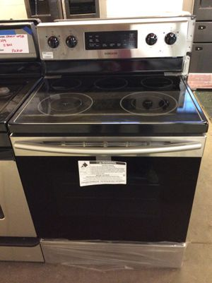 (Anoka 205VFP LM) Samsung Stainless Steel Glass Top Electric Stove for Sale in Ramsey, MN