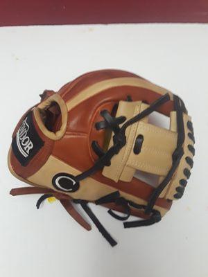 Baseball softball gloves for Sale in Huntington Park, CA