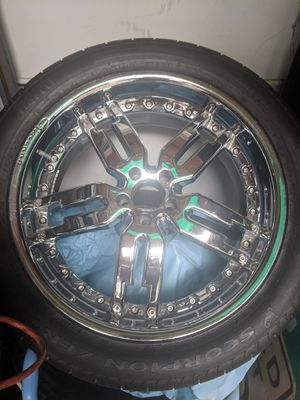 "22"" chrome rims w/ pirelli scorpion tires for Sale in San Diego, CA"