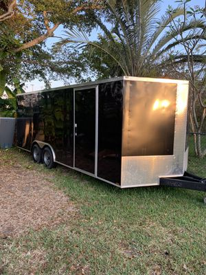 8.5x20 encloses trailer for Sale in Margate, FL
