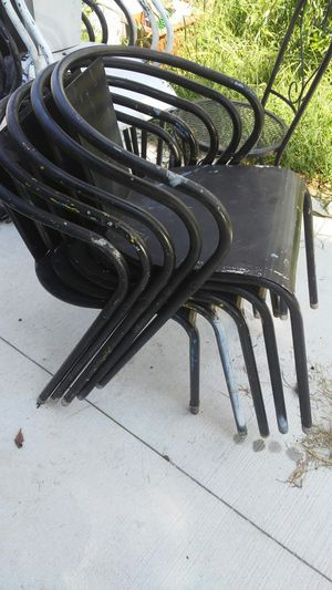 Patio chairs (10 total) for Sale in Columbus, OH