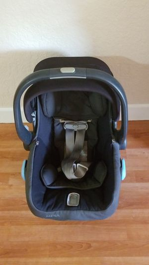Uppababy car seat for Sale in Miramar, FL