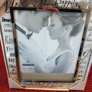 Wedding photo frame (8x10) for Sale in Everett, WA