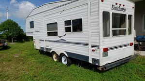 26 ft that's one travel trailer for Sale in LAUD LAKES, FL