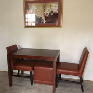 Small Set, Table And 2 Chairs 🪑 for Sale in Alexandria, VA