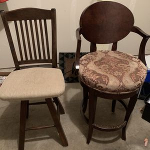 Stools / Chairs for Sale in Naperville, IL