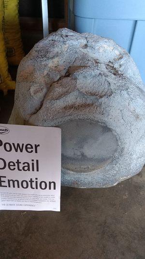 Klipsch Outdoor Rock Speaker for Sale in Ramona, CA