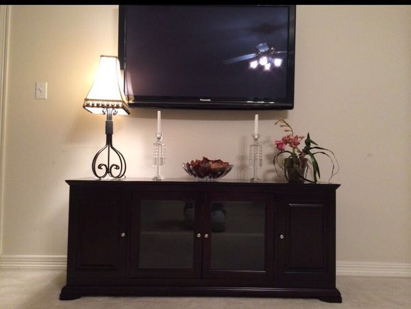 "BEAUTIFUL DARK BROWN 62"" TV STAND NEW IN BOX"