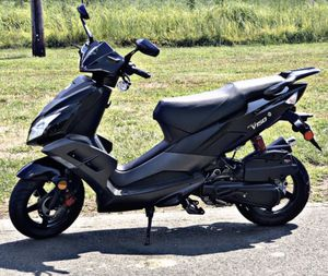 *150CC SCOOTER 4 STROKE* for Sale in Windsor, CT