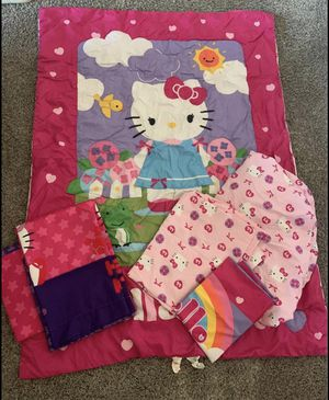 NEW ADORABLE HELLO KITTY COMPLETE TODDLER BEDDING SET & MATCHING CURTAINS!! (NEVER USED EXCELLENT CONDITION!) for Sale in San Diego, CA