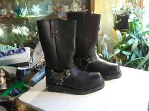 Women's Genuine Harley Davidson Motorcycle Boots for Sale in East Rockaway, NY