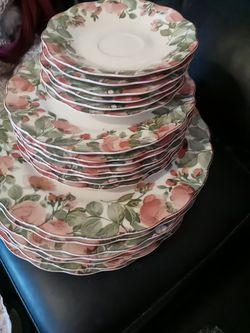 Nikko table lware for Sale in San Angelo,  TX