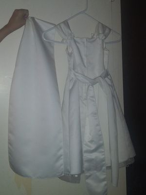 Off White Flower Girl's Dress with Shawl(size 4) for Sale in Deltona, FL