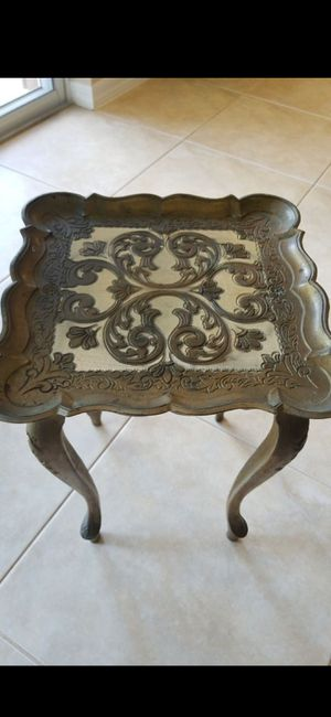 "VINTAGE ITALY TABLE 17"" TALL 12"" WIDE for Sale in Delray Beach, FL"