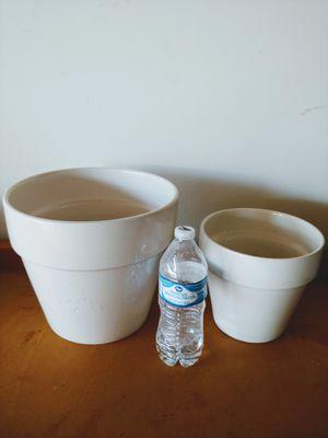 2 Used Ceramic Planters for Sale in Las Vegas, NV