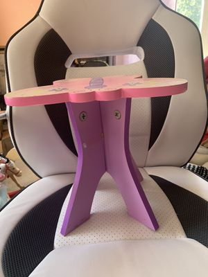 """Butterfly shape table for an 18"""" doll for Sale in Savage, MD"""
