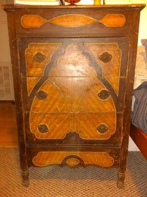 Antique dresser for Sale in Cowpens, SC