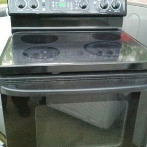 Black electric stove for Sale in Alexandria, VA