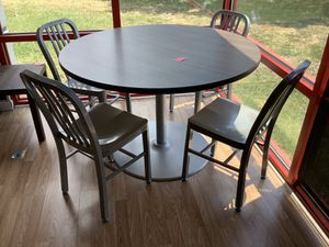 New Round Table With 4 Grey Chairs for Sale in Virginia Beach, VA