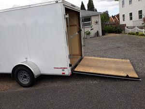 2019Enclosed trailer with ramp 6x12 for Sale in Puyallup, WA