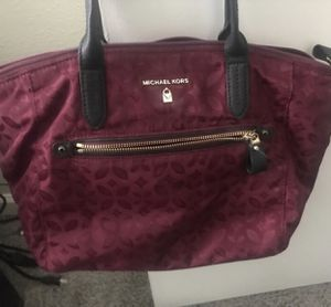 Micheal kors tote bag for Sale in Ypsilanti, MI