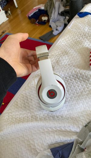 beats studio over ear noise canceling wireless headphones for Sale in East Providence, RI