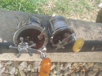 Heavy duty rod 100p test USA made, w penn Senator 4/0 reel. & pen 3/0 2 reels. With 80p test! Tuna shark fishing for Sale in Marina del Rey,  CA