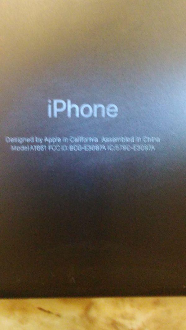 Selling tmobile Apple iPhone 7 + A1661
