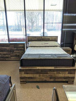 $39 Down Payment 《 Best OFFER》Derekson Gray Footboard Storage Platform Bedroom Set | B200 979 for Sale in Jessup, MD