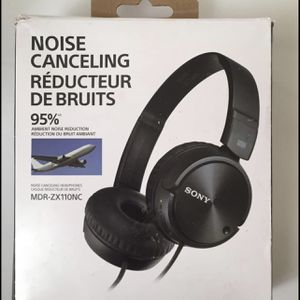 Sony Wired Headphones for Sale in Cudahy, CA