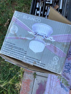 Ceiling fan for Sale in Modesto, CA
