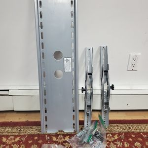 Heavy-Duty TV wall Mount for Sale in Albertson, NY