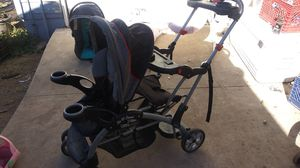 Babytrend sit and stand double stroller for Sale in Oak Glen, CA