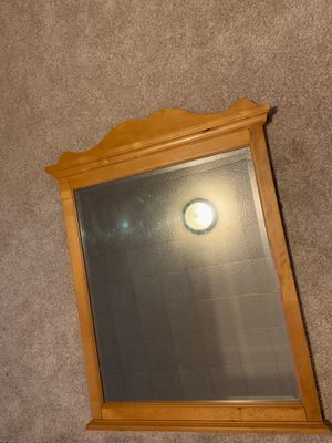 Beautiful Wood Mirror for Sale in Fairmont, WV
