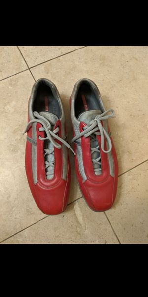 Gucci sport red shoes (size 11) for Sale in Chula Vista, CA