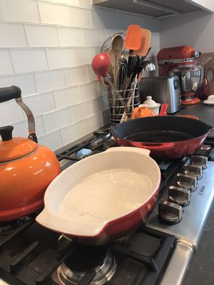 Red Pyrex Bakewear and Cast Iron Cookware for Sale in Chicago, IL