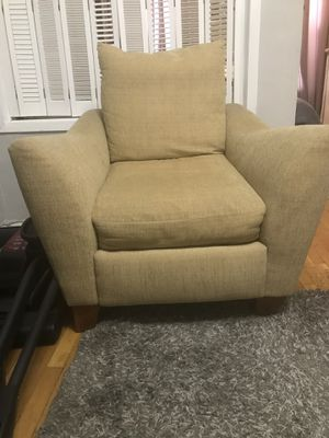 Raymour & Flanigan Sofa Chair for Sale for sale  New York, NY