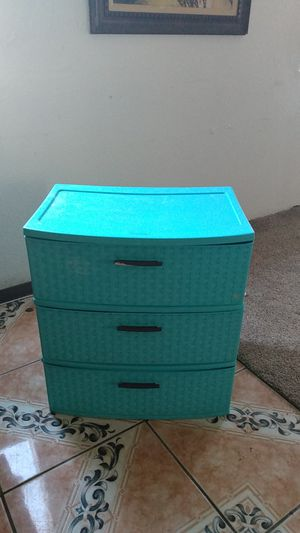 Plastic Drawers for Sale in Bakersfield, CA