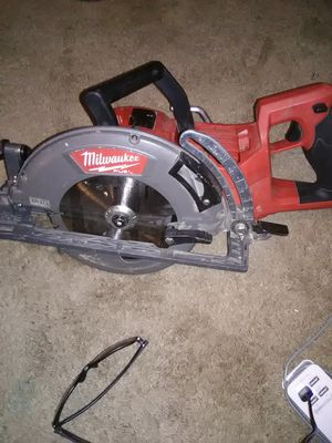 Milwaukee rear handled circular saw for Sale in Lee's Summit, MO