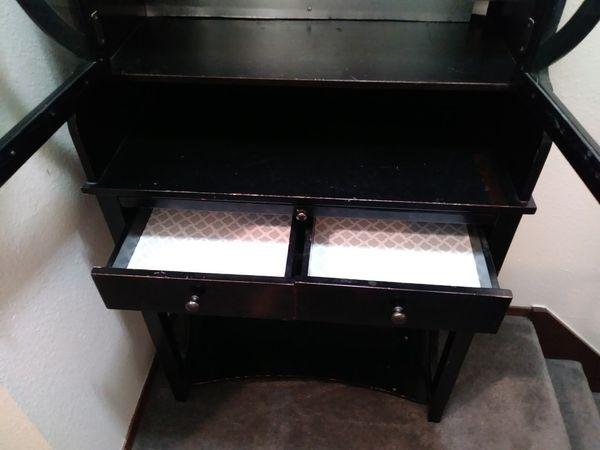 Butler's Desk