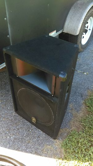 Pair of Yamaha s115v pro audio for Sale in Wilmington, DE