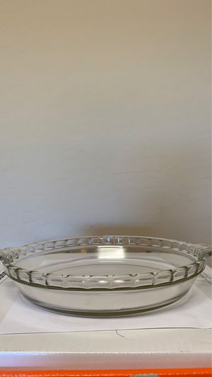 Pyrex Vintage Scalloped Pie 🥧 Plate for Sale in Scottsdale, AZ