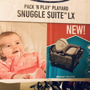 Pack And Play With Changing Section And Baby Bouncer for Sale in Des Moines, WA
