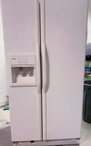 Refrigerator (s) Great Condition Warranty Delivery for Sale in San Diego, CA