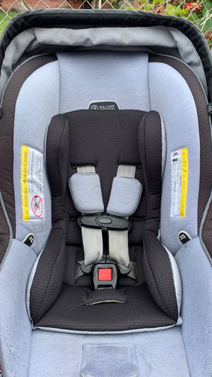 Evenflo Infant Car Seat for Sale in Bell Gardens, CA