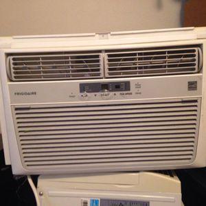 6000 Btu AC Window Unit Works Great for Sale in Tacoma, WA