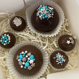 Hot cocoa bombs And Marshmallow bombs for Sale in New Britain, CT
