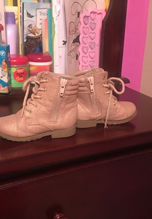 Pink toddler girl boots for Sale in Savannah, GA